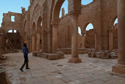 Resafa, Arches, cathedral.