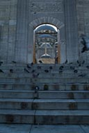 Historic sites, steps tp Yeni mosque. Pigeons.