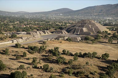 Pyramid of the Moon, Teotihuacan, teken from Pyramid of the Sun. Mexico..