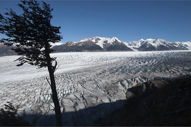 Grey glacier deep below, from Perros camino.
