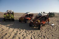 Dune buggies Huacachina.